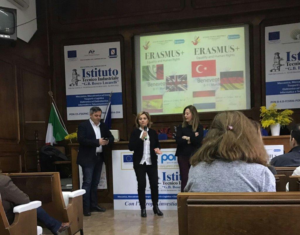 Erasmus plus; saluto dirigente