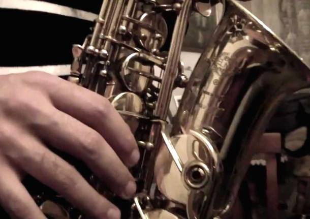 saxofono-531022.610x431