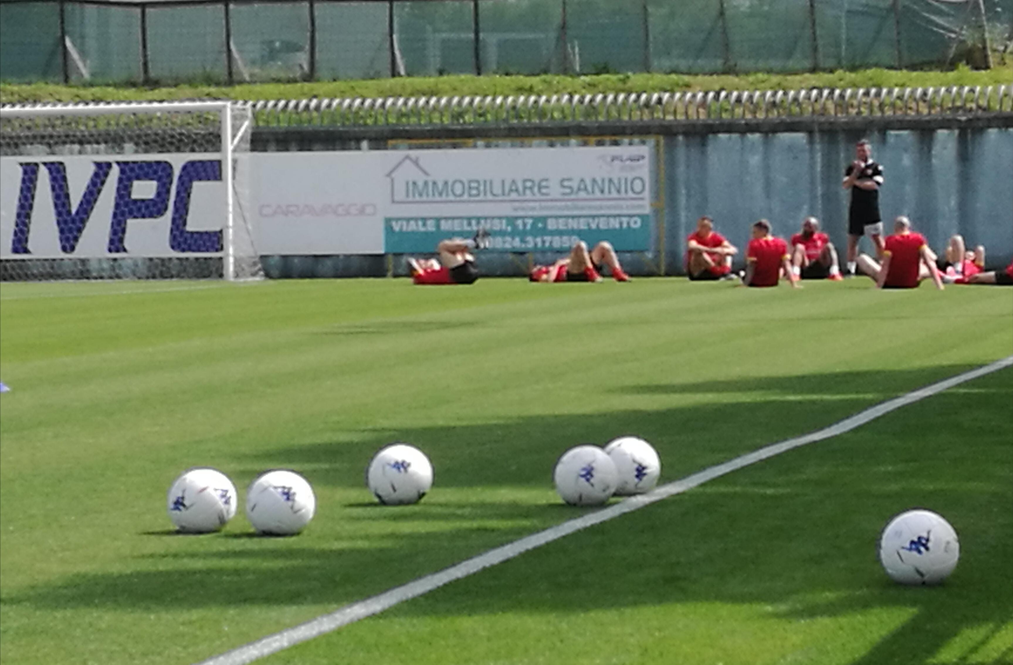 Calendario Serie B 18 19.Playoff Serie B Reso Noto Il Calendario Finali Il 30